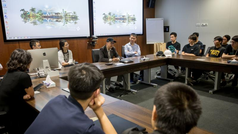 KAUST CEMSE Undergraduate Students From The University Of Electronic Science And Technology of China in Chengdu listen to KAUST President Tony Chan