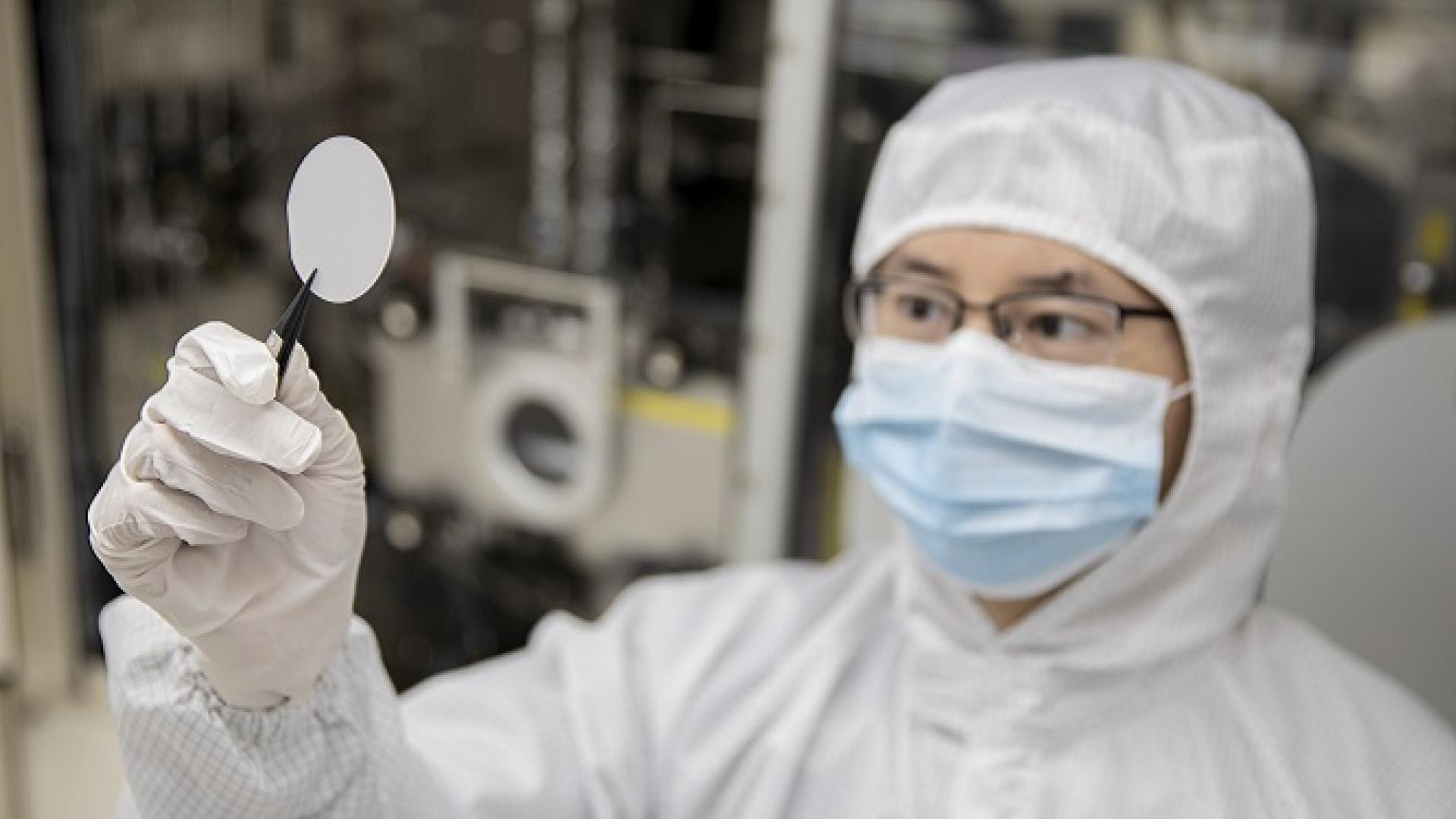 CEMSE EE Haiding Sun Holds Up A Gallium Oxide Template